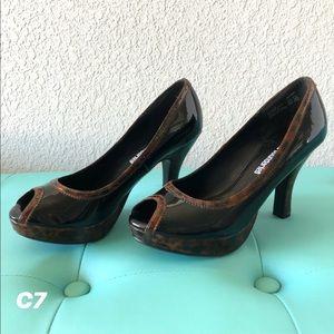 NWOT black open toe heel